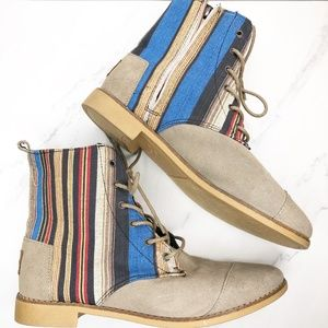 TOMS Alboot Striped Boots Shoes Size 9